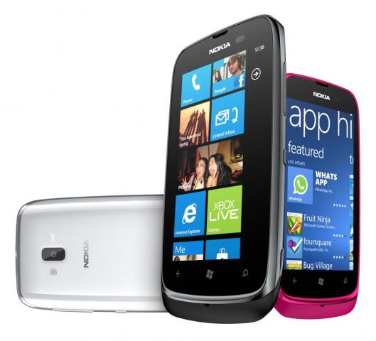 Nokia_Lumia_610_2.png